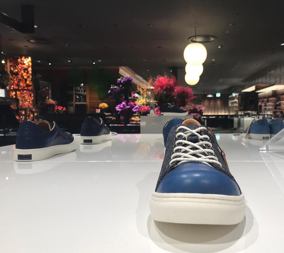 新宿伊勢丹メンズ館8階 Bluestone pop up store